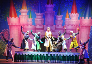 Charles Shaughnessy and the cast of Spamalot